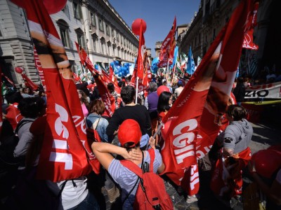 ITALY-INDUSTRY-TOURISM-DEMO