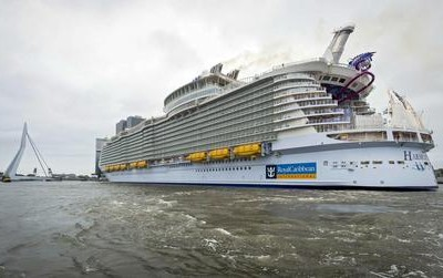 The 'Harmony of the Seas', the largest cruise ship in the world, arrives in the Port of Rotterdam, in Rotterdam, The Netherlands, 24 May 2016. The ship can carry 6360 passengers has a crew of 2394 and weighs 227,000 tons.  ANSA/LEX VAN LIESHOUT