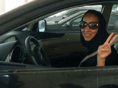 araba-al-volante