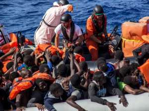 migranti-ong-896960