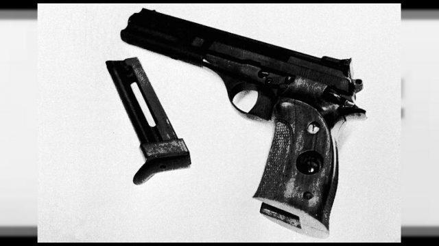 773x435_15enne-spara-con-arma-a-salve-a-scuola