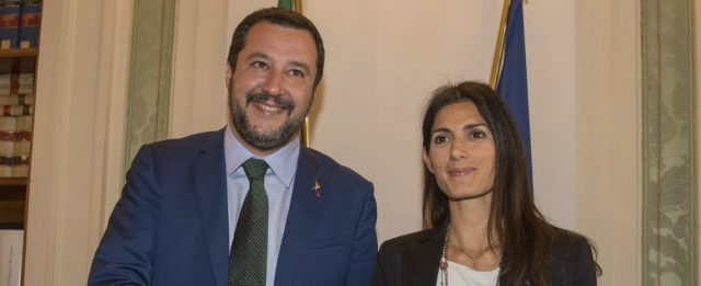 Foto Fabrizio Corradetti / LaPresse 25 - 07 - 2018 Roma, Italia  Politica Punto stampa al termine dell'incontro al Viminale tra Matteo Salvini e Virginia Raggi Nella foto: Matteo Salvini e Virginia Raggi  Photo Fabrizio Corradetti / LaPresse Jul 23 th, 2018 Roma, Italy Politica Punto stampa al termine dell'incontro al Viminale tra Matteo Salvini e Virginia Raggi In the photo: Matteo Salvini e Virginia Raggi